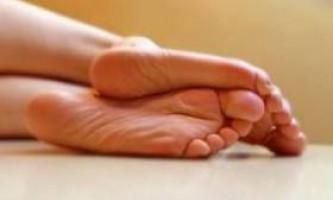 Як лікувати мозолі на ногах