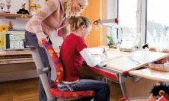 Як організувати робоче місце школяра вдома?