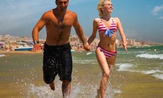 Курортний роман: близькі стосунки з чоловіком