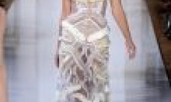 Плаття валентина юдашкіна з колекції 2013. Фото