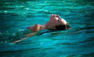 Плавання, як засіб схуднення