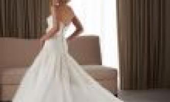 Весільні сукні 2012 фото. Кращі моделі цього року