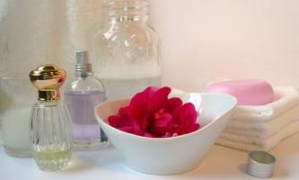 Туалетна вода для жінок. Як підібрати аромат до кожного образу?