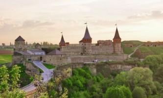 Замок кам`янець-подільський